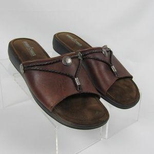 Minnetonka Sz 10 Silverthorne Brown Leather Slides